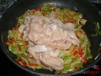 Pechuga de pollo en la sartén