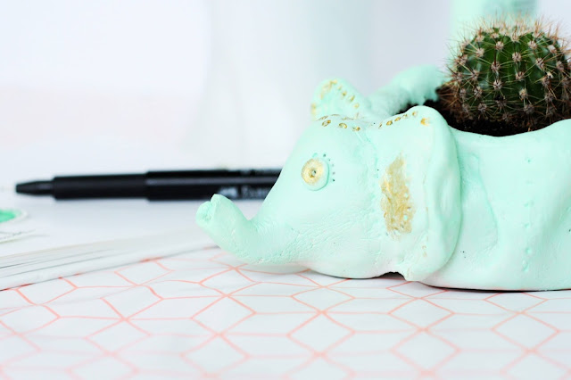 DIY Elefant: Blumentopf aus Modelliermasse