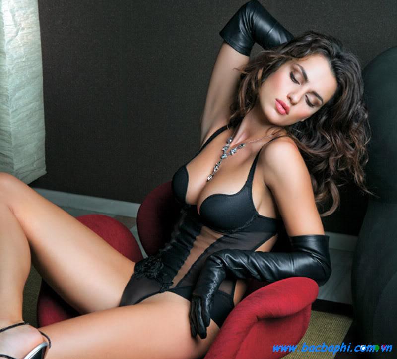 Fucking hot naked secretary