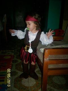 Sophia disfrazada de Pirata