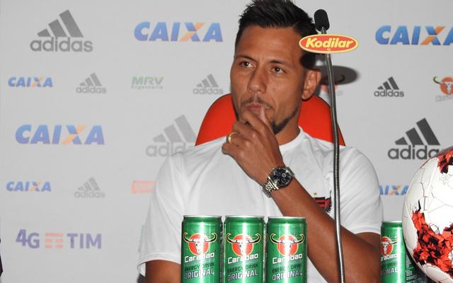 2aea35d9f9372 Fonte Coluna do Flamengo