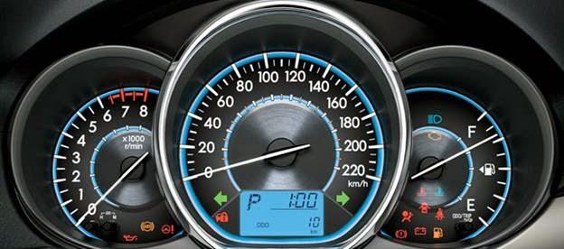"""vios 2015 toyota tan cang 81 - Đánh giá Toyota Vios 2015 """"Tiết kiệm mà bền bỉ"""" - Muaxegiatot.vn"""