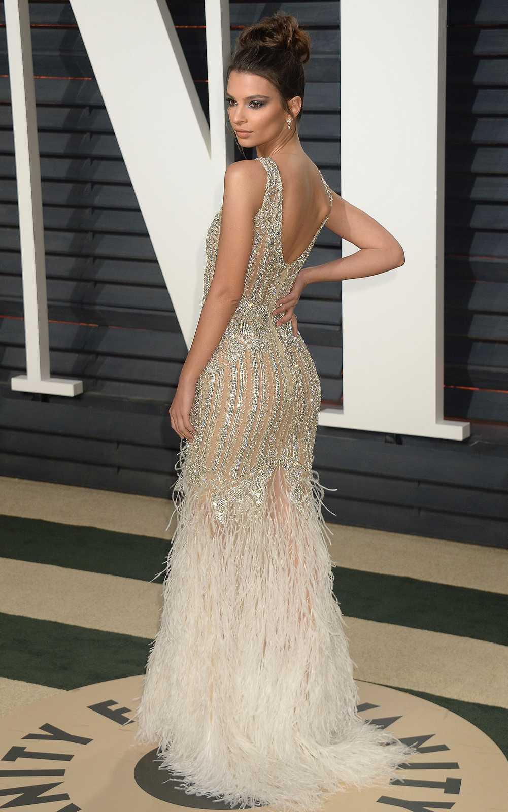 Emily Ratajkowski – 2017 Vanity Fair Oscar Party