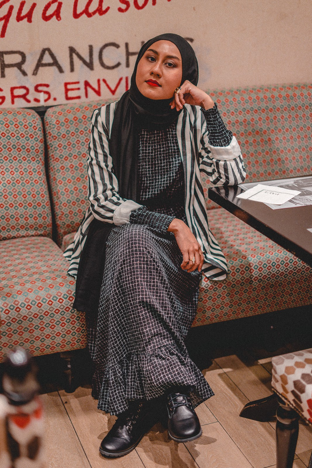 How To Easily Match Geometric Print to Stripes / The Good