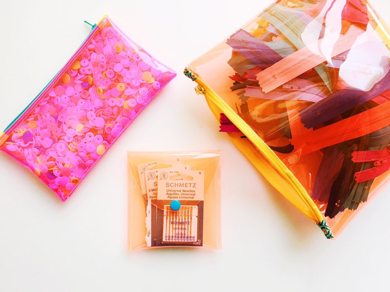 Sewhungryhippie Vinyl Needle Case Free Sewing Tutorial