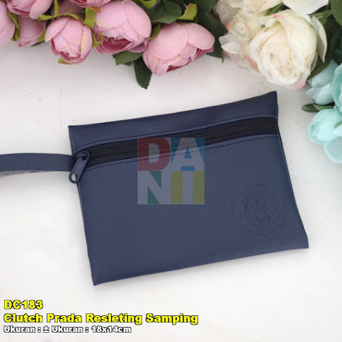 Clutch Prada Resleting Samping