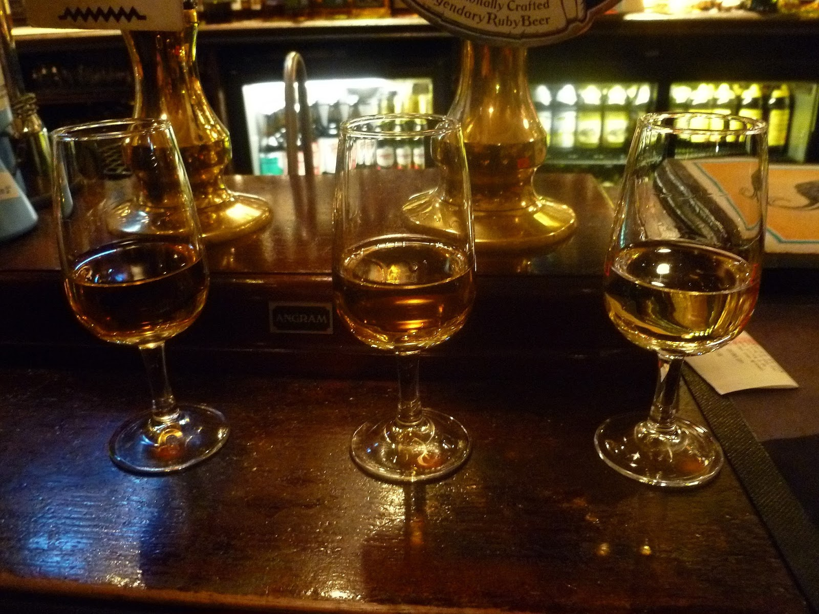 The Secret Life of Maggie May- City Guide to Glasgow, The Pot Still