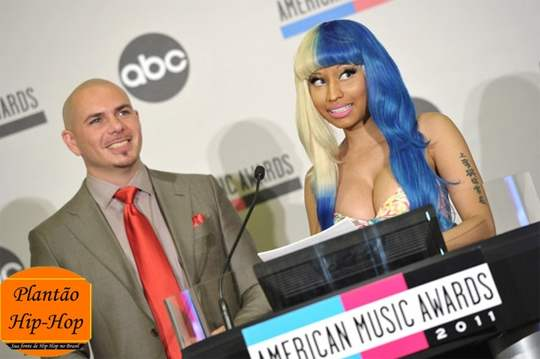 Nicki Minaj & Pitbull no American Music Awards 2011