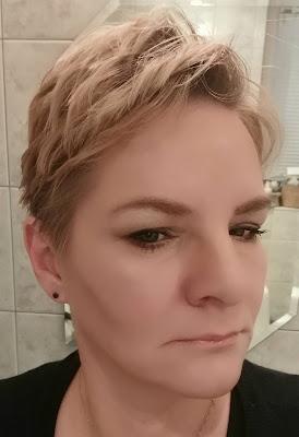 Makijaż dzienny - do pracy, delikatny.