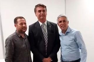 Bolsonaro participa de eventos evangélicos e recebe apoio de pastores