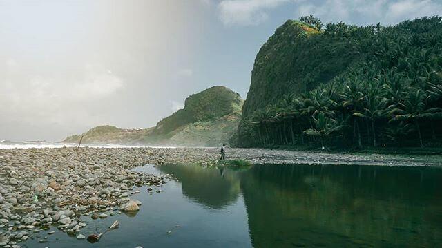 Pantai Pecaron, Kebumen - Foto @khol_hilmy