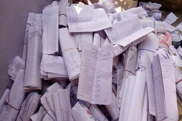 क्या ऐसे शिक्षा का स्तर ऊंचा उठाएगी हरियाणा सरकार, कबाड़ी को बेंच देते है उत्तर पुस्तिकाएं