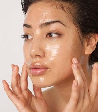 Cách sử dụng mật ong làm sạch da