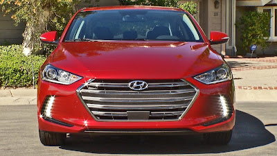 New 2017 Hyundai Elantra front headlight look Hd Photos