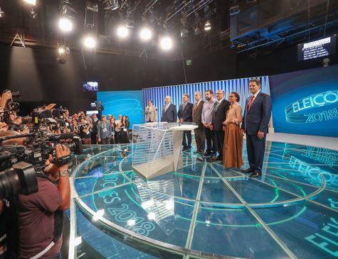 Maioria dos eleitores quer Bolsonaro em debates