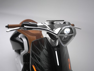 Yamaha 04Gen Concept Scooter headlight