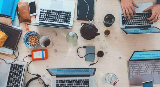 Empresa de tecnologia tem mais de 100 vagas abertas