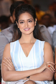 Shanvi Looks super cute in Small Mini Dress at IIFA Utsavam Awards press meet 27th March 2017 62.JPG