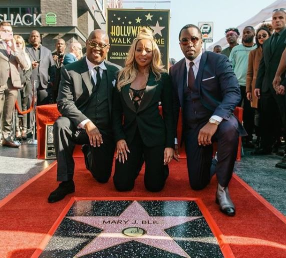 mary-j-blige-honoured-with-star-on-hollywood-walk-of-fame