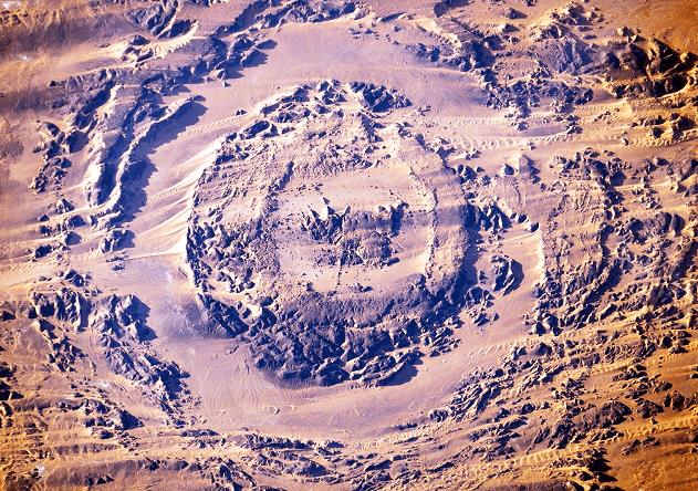 Dünya'ya Çarpan En Büyük Meteorlar -Aorounga Krateri