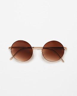 http://www.zara.com/de/de/summer-days/damen/accessoires/alles-anzeigen/runde-sonnenbrille-aus-metall-c733805p3233147.html