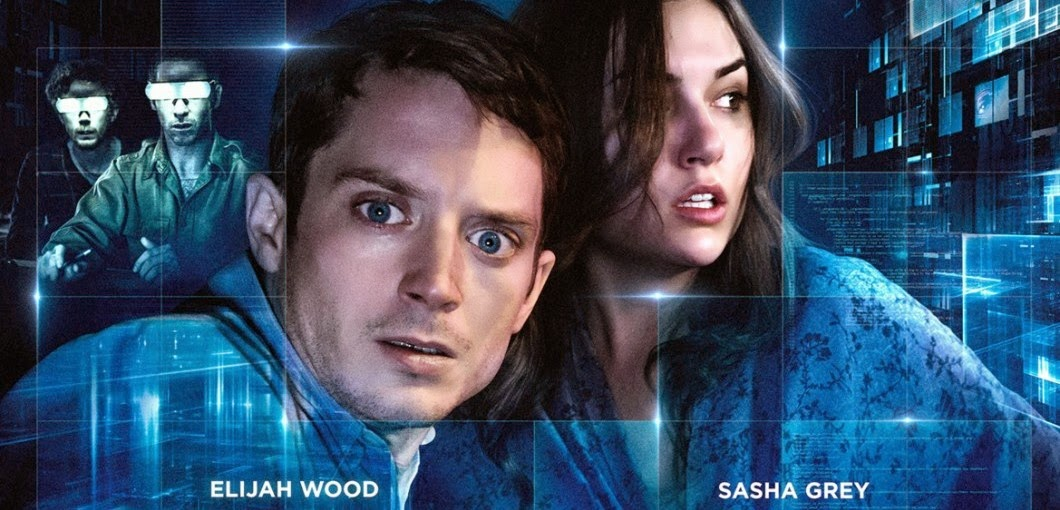 Elijah Wood tenta salvar Sasha Grey no trailer do suspense Open Windows