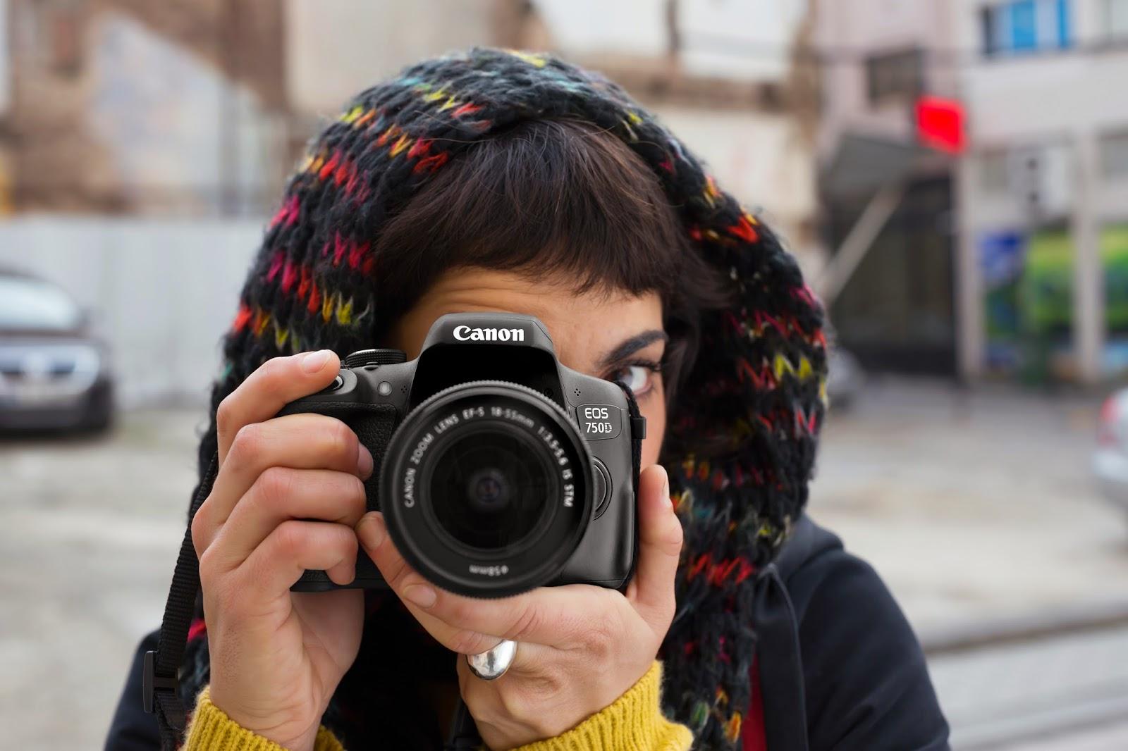 Canon EOS 750D vs Nikon D810 to inspire budding