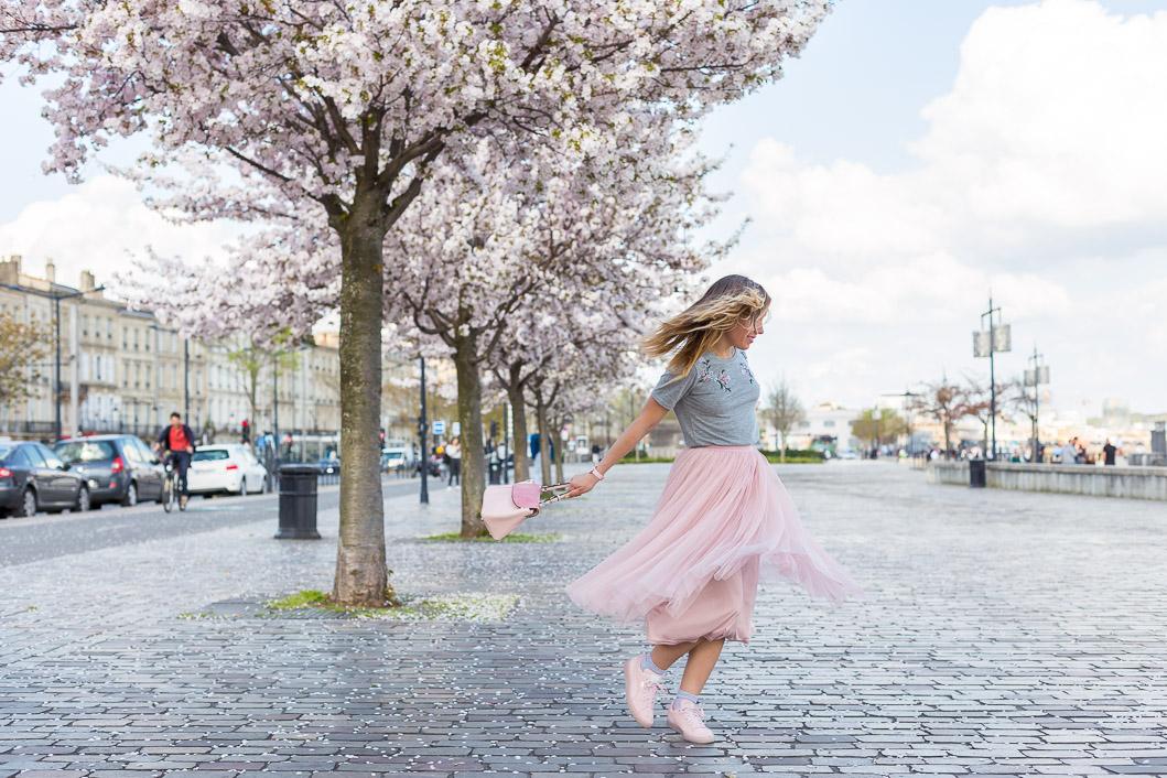 quais bordeaux printemps arbre en fleurs