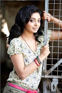 Shikha Spicy New Actress Cute Portfolio Pics