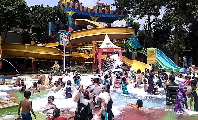 Harga Tiket Kolam Renang Citra Garden Waterpark Sidoarjo