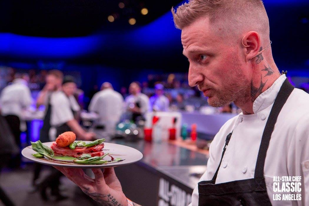 Meet your favorite celebrity chef ihearthollywood all star chef classic offers a series of engaging dining experiences allowing fans to enjoy the world class cuisine of renowned chefs prepared in a m4hsunfo