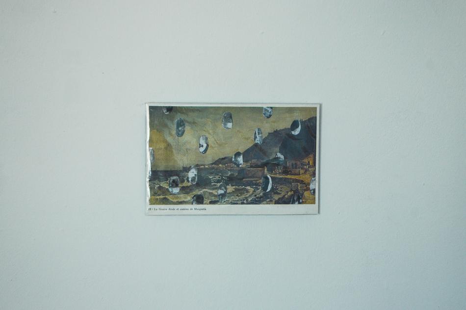 Intervención con huellas en obra de Ferdinand Bellermann