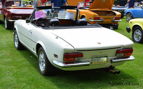 Fiat 124 Sport Spider with late model taillights