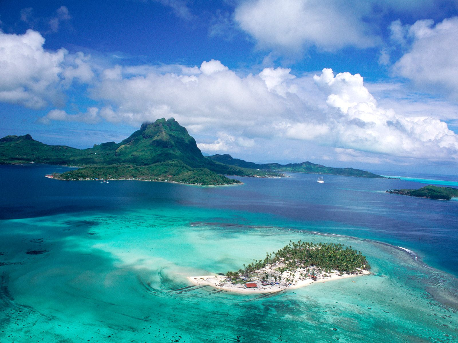Hd Tropical Island Beach Paradise Wallpapers And Backgrounds: French Polynesia Tahiti Island Wallpapers HD Photos