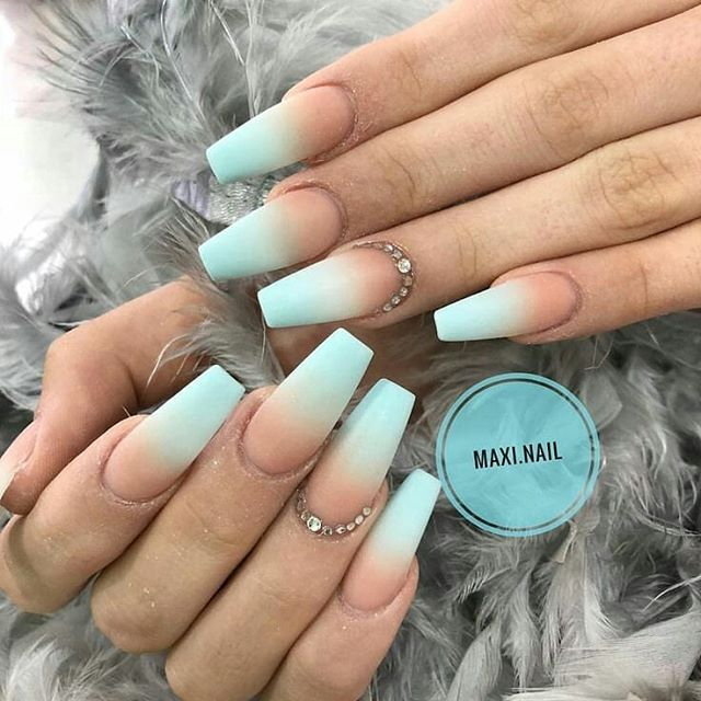 39+ Coffin Acrylic Nails Ideas With French Ombre Nails In