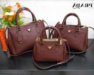model tas wanita merk prada