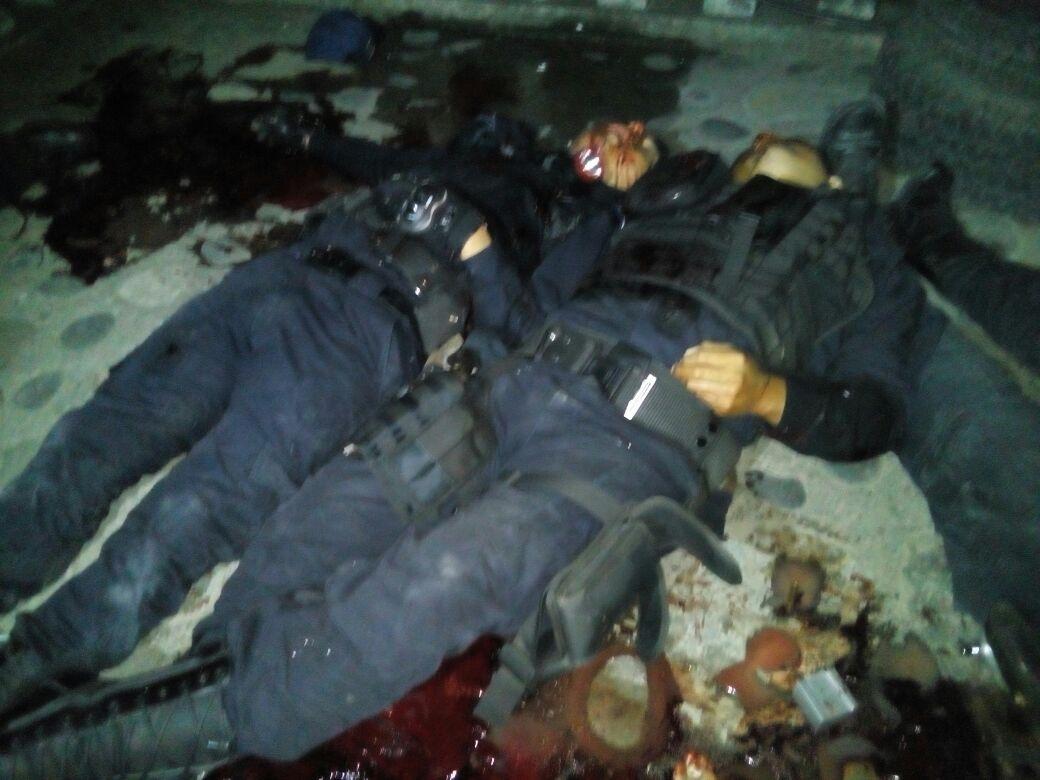 Fotografias policias muertos tras enfrentamientos con Sicarios en Veracruz