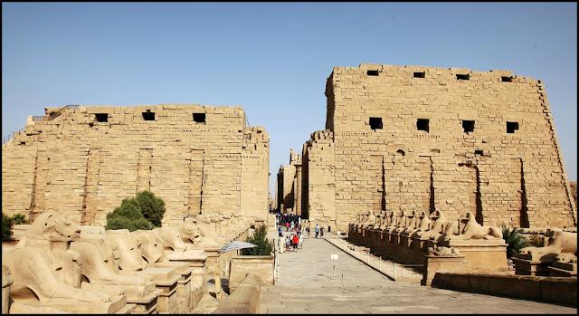Resultado de imagen de eL TEMPLO EGIPCIO FTOS