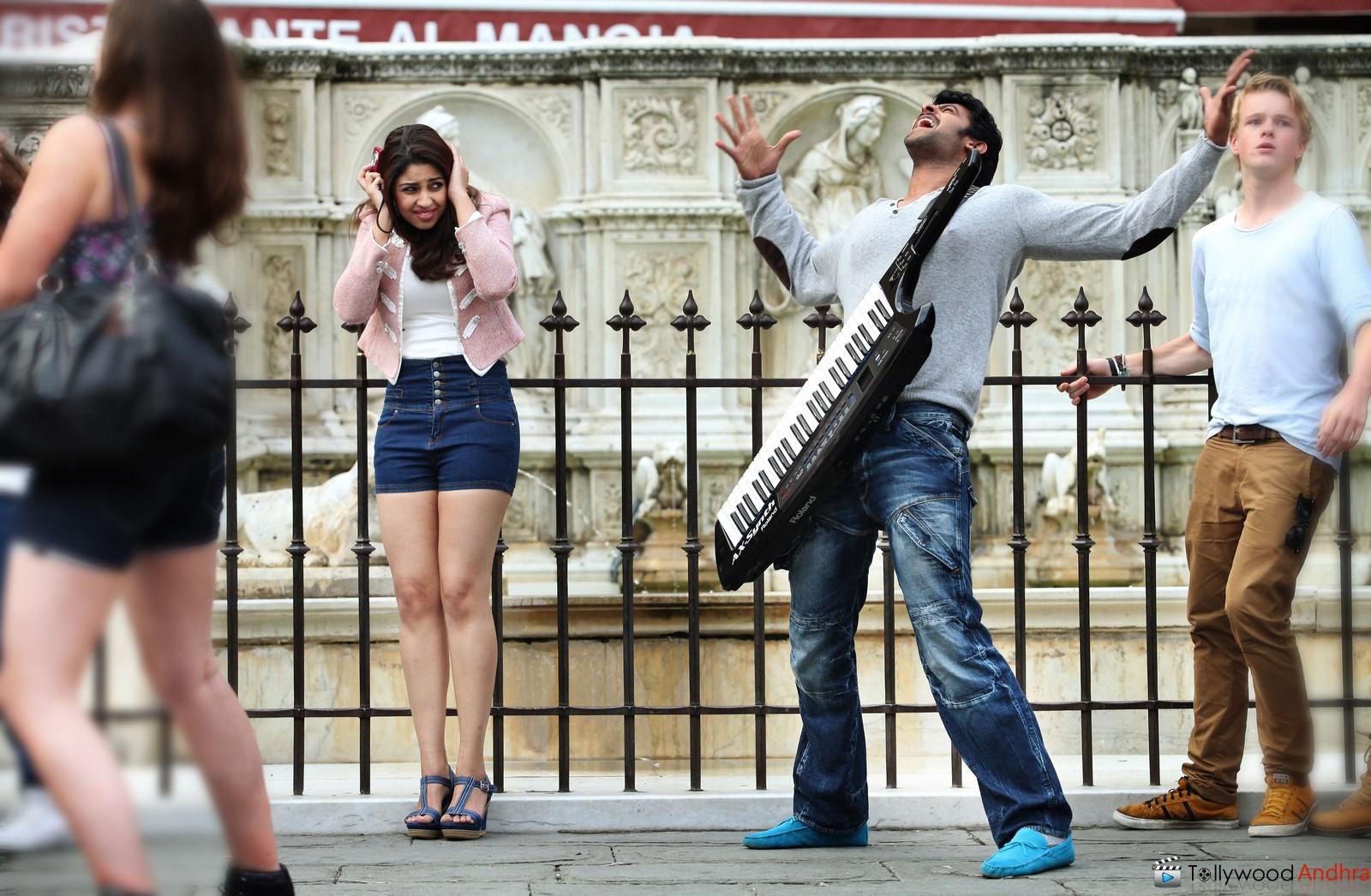Prabhas Mirchi Telugu Movie 2013 Wallpapers Hd: Stills: Prabhas's In Telugu Movie 'Mirchi'