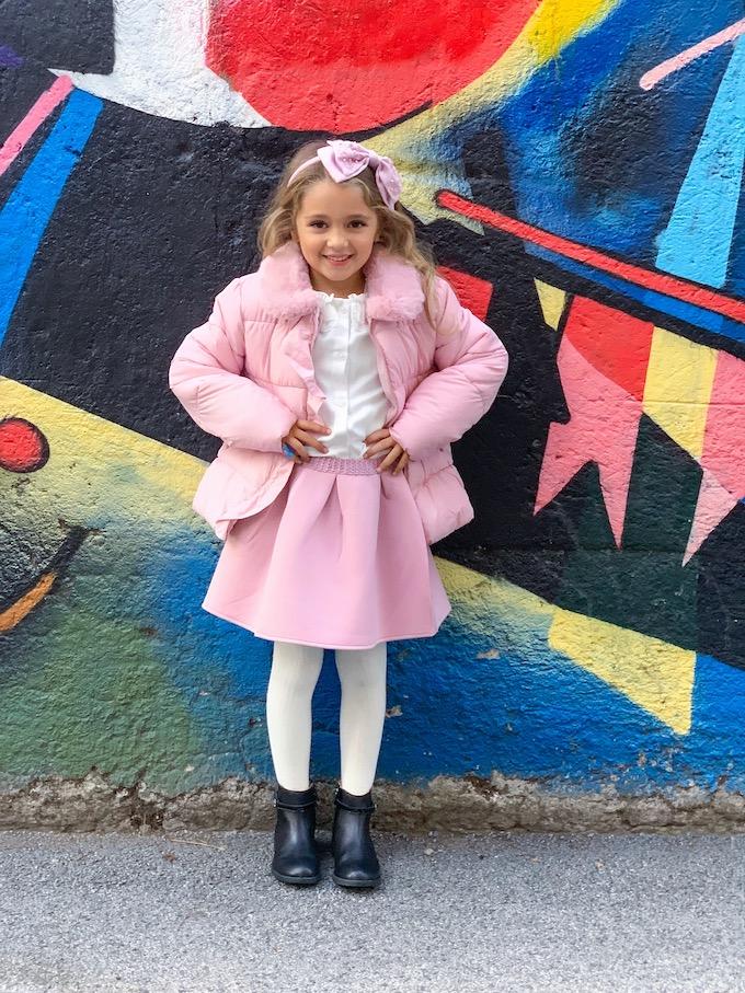 Un look invernale da bambina in rosa