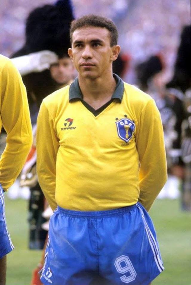 """Chavalense """"Mirandinha"""" foi o primeiro brasileiro a jogar no Inglaterra."""