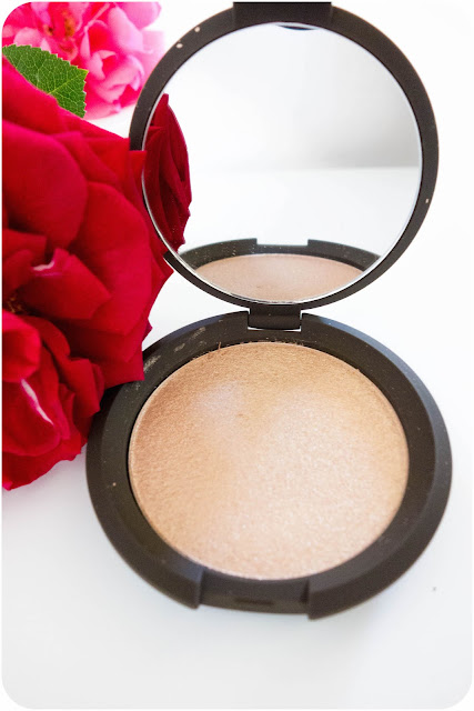 poudre Shimmering Skin Perfector Pressed Enlumineur de BECCA