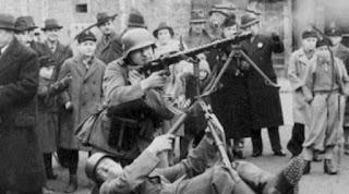 6 Foto Lucu Perang Dunia II yang Tak Akan Ada di Buku Sejarah