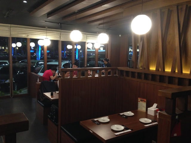 Interior seperti warung jepang, info kuliner di jakarta