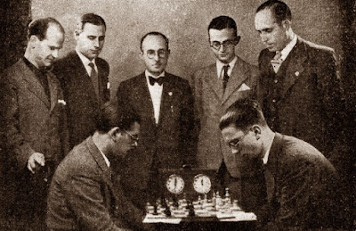 Partida Martínez Mocete - Medina, Torneo Nacional de Ajedrez Fiestas del Pilar Zaragoza 1942
