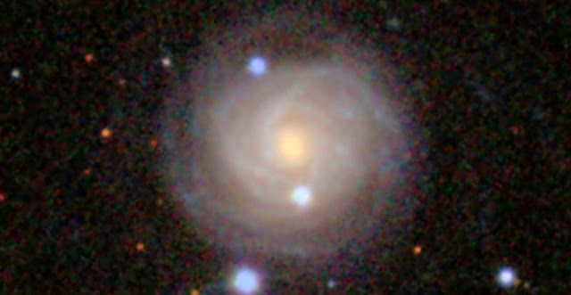 2.4 arcmin wide closeup of NGC 2617