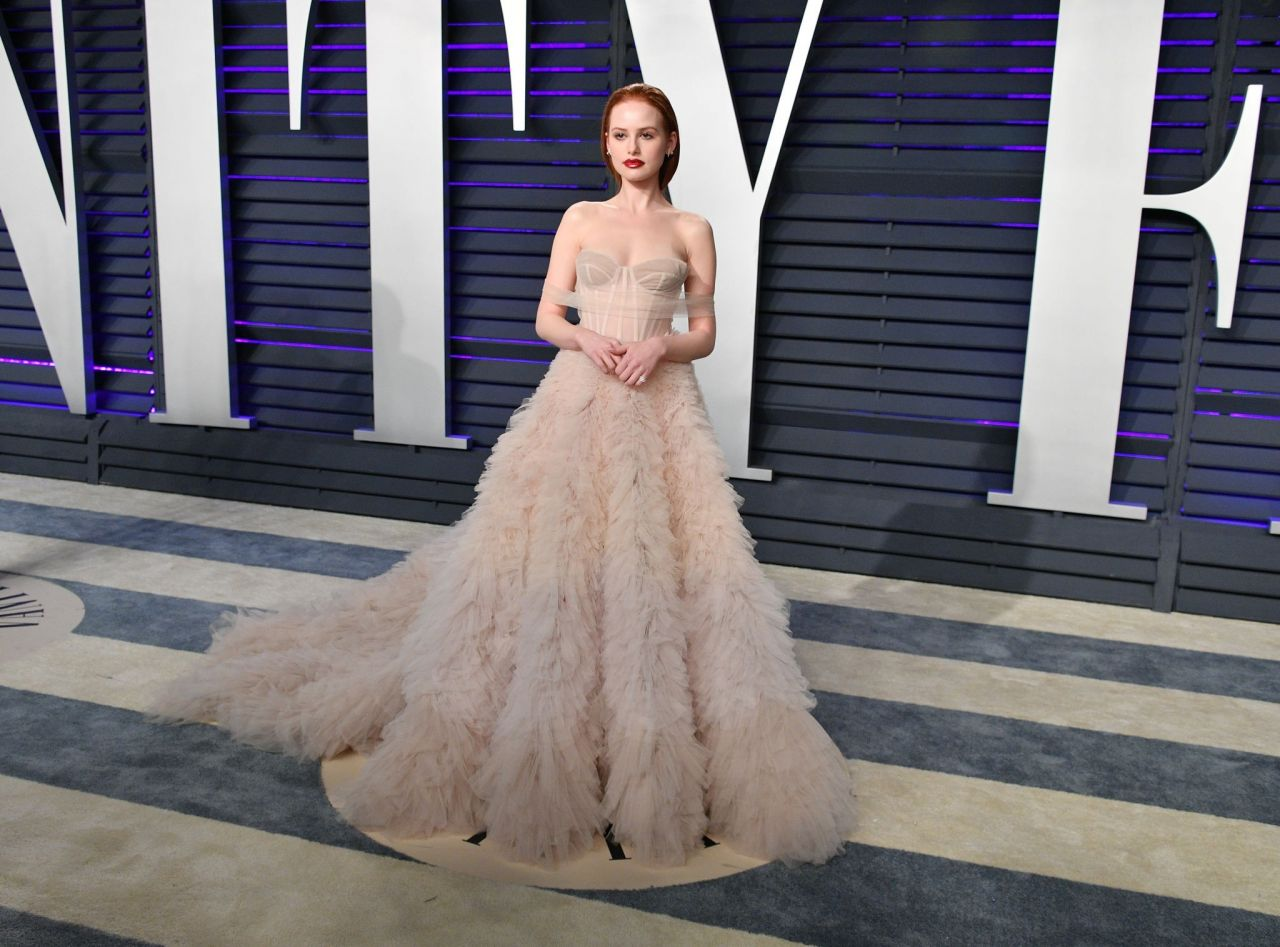 Madelaine Petsch – 2019 Vanity Fair Oscar Party