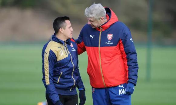 AGEN BOLA - Lawan Liverpool, Arsenal Bakal Diperkuat Alexis Sanchez
