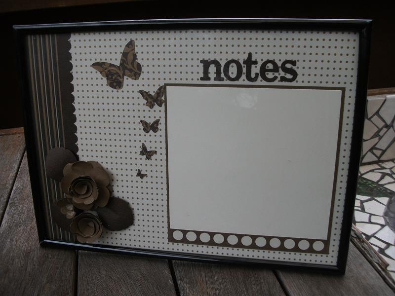 Julia's Cards: notice board - Julia style!