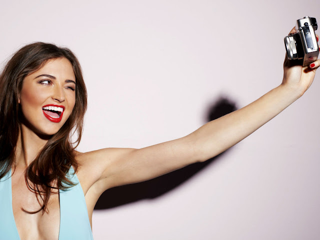 Pro Dan Kontra Budaya Selfie